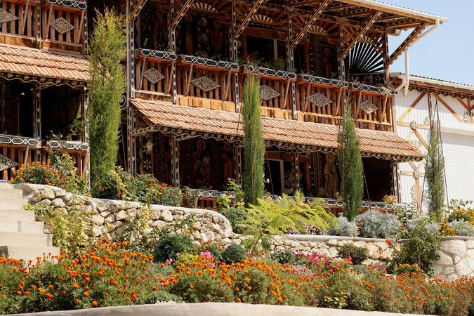 экскурсия в  Качи-Кальон и Бисерный православный храм